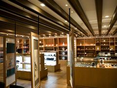 【仁川空港伝統文化体験館/インチョコンファンチョントンムヌァチェフォングァン】珍しい伝統工芸品の販売も