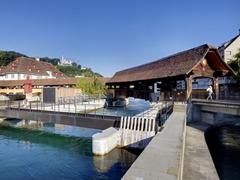 【シュプロイヤー橋】町を囲む城壁の一部として建てられた木造橋