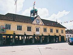 【テットベリー】村の中心にあるマーケット・ハウス