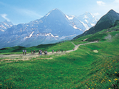 【メンリヒェン】眺めのいいハイキングコースがある
