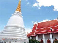 【ワット・ラカン】タイ人の暮らしに溶け込んでいるお寺だ