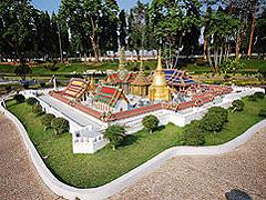 【ミニ・サイアム】バンコクにある王宮のミニチュア
