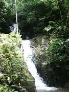 トン・サイ滝