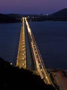 【ティンスラノン橋】ライトアップされたティンスラノン橋