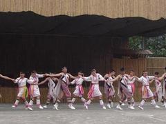 【台湾原住民文化園区(タイワンゲンジュウミンブンカエンク)】楽しい原住民の女性