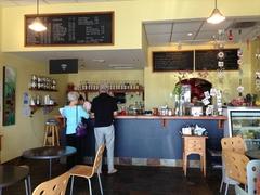 【ピーベリー・アンド・ガレット】クレープとコーヒーが美味なカフェ