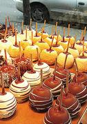 【ロッキー・マウンテン・チョコレート・ファクトリー】リンゴにチョコをコーティングした人気スイーツ