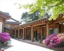 【漢青陶窯】韓国の伝統家屋も見応えあり