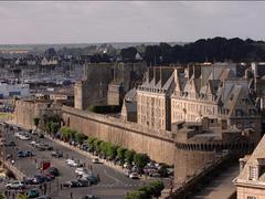 【城壁】旧市街側を見ても海側を見ても景色は抜群