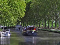 【ミディ運河】運河でクルージングを楽しむ