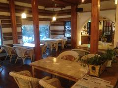【オンドク・ウィエ・ジップ】海雲台「タルマジキル(月見の道)」の入口にあるレストラン