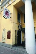【リテラリー・カフェ】ネフスキー大通りに面する有名店。観光客の利用も多い