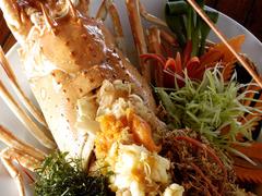 【バーン・リム・パ】新鮮なロブスター料理も人気