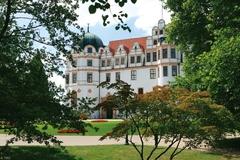 【ツェレ城】美しい庭園に囲まれたツェレ城