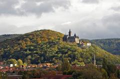 【ヴェルニゲローデ城】小高い丘の上に建つヴェルニゲローデ城