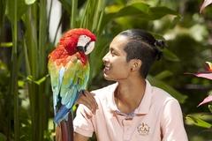 【バリ・バード・パーク】珍しい鳥たちと記念撮影