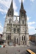 【聖ペーター大聖堂】街の中心に建つドーム