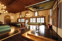 【旧市庁舎(帝国議会博物館)】低い舞台も設置されていた