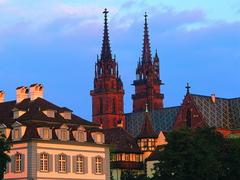 【バーゼル大聖堂】赤茶色の塔はバーゼルのシンボル的存在