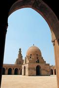 イブン・トゥールーン・モスク
