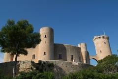 【ベルヴェル城】「眺めの良い城」を意味する (c) Ajuntament de Palma de Mallorca