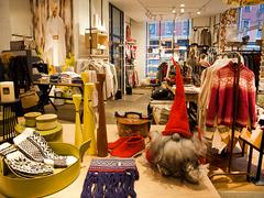 【ハイメン・フースフリーデン】北欧サンタ「ニッセ」の置物やノルディック柄セーターや手袋