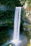 【ブランデーワイン滝】豊かな水量がみごとな滝だ
