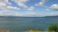 【タウポ湖】広い湖が広がる