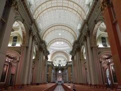 【世界の女王マリア大聖堂】ケベックで3番目に大きい教会