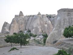 【ギョレメ】奇妙な形の岩