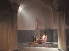 【チャンベルリタシュ・ハマム】女性専用の浴槽