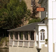 【デュック・ドゥ・ブルゴーニュ】運河に面していて眺めが良い