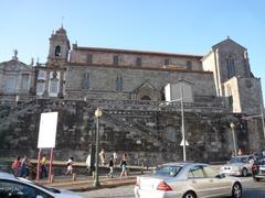【サン・フランシスコ教会】ボルサ宮の隣にある