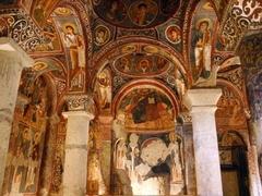 【ギョレメ野外博物館】暗闇の教会にあるフレスコ画