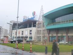 【フォルム・イスタンブール・ショッピングセンター】水族館、ショッピングモール、イケアなどが複合した巨大な商業エリア