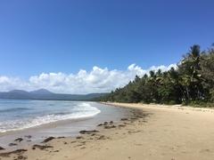 【フォー・マイル・ビーチ】白砂が続く海岸