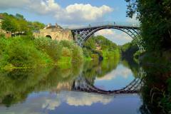 【アイアンブリッジ峡谷】セヴァーン川にかかる立派な橋