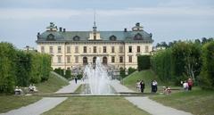 【ドロットニングホルム宮殿】メーラレン湖に面したドロットニング宮殿
