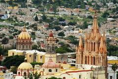 【サン・ミゲルの要塞都市とヘスス・デ・ナサレノ・デ・アトトニルコの聖地】風景