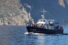 【ドイカー島】島の近くまで船で向かう