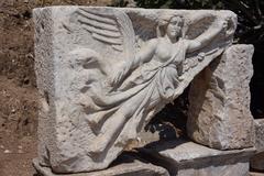 【エフェス都市遺跡(エフェソス)】勝利の女神ニケの浮き彫り
