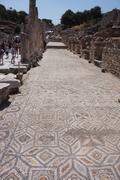 【エフェス都市遺跡(エフェソス)】床のモザイクが見事な大通り