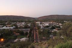 【アンザックヒル】丘から見渡す日の出と夕日は絶景スポットとして人気