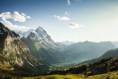 【グローセ・シャイデック】グリンデルワルトの谷を見下ろす
