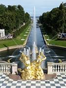ペテルゴフ(ピョートル宮殿)