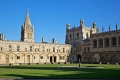 【クライスト・チャーチ】オックスフォードで最も人気のある観光名所の1つ