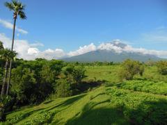 【アグン山】霊峰とも呼ばれ、バリ・ヒンドゥーの中心的存在