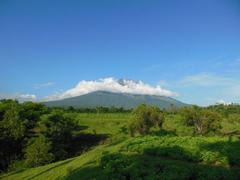 【アグン山】バリ島北東部に位置する標高3142mの活火山
