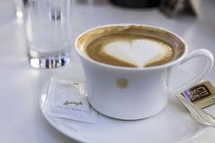 【コンフィゼリー・シュプリュングリ】コーヒーも美味