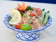 【チェンマイ・タイ】サラダも美味しい